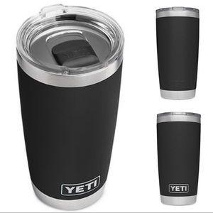 Yeti Rambler Tumbler 20 oz with magnet lid
